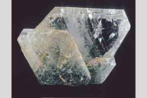 albita - nombres de piedras preciosas