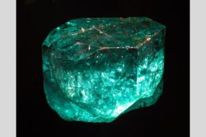 esmeralda - nombres de piedras preciosas