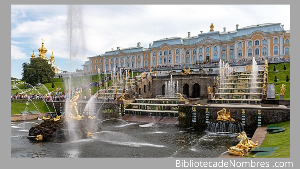 Fuente de Sansón en el Palacio de Peterhof - Fuentes famosas del mundo